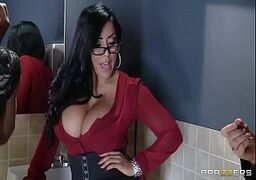 Coroa cavala no pornô fazendo video sexo gostoso