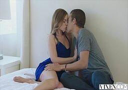 Ninfeta em videos de sexo mostrando ser vadia