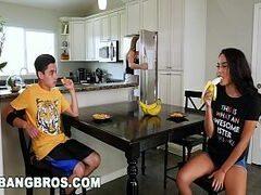 Vídeo incestuoso de irmãos fazendo sexo bang bros