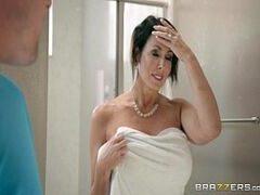 Video pornor de coroa sarada dando uma foda