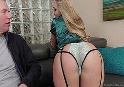Video porno sexo grátis madura cuzudo rebolando para seduzir o marmanjo de sorte