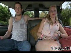 Video making off loira safada sendo seduzida pelo macho pauzudo pronto para fuder