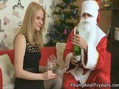 Samba porno papai noel comendo a novinha loira que queria uma transa como presente