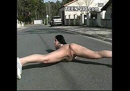 Videos planet sex vadiazinha bem tarada morena mostrando a xota na rua