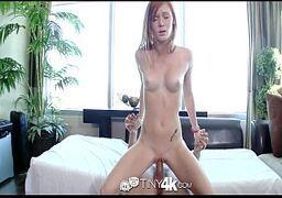 Loira  bucetuda em sexo gostoso com o namorado de sorte