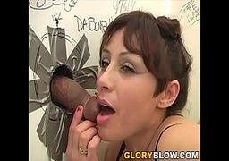 Video porno online bem gostoso com a coroa safada dos peitos grandes