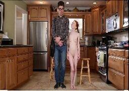 Menina de 18 anos fazendo porno gostoso