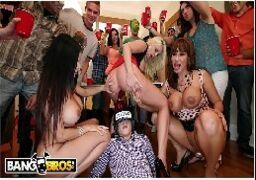 Porno com putas safadas fazendo suruba