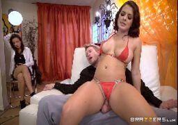 Brazzers filmes de sexo com novinha dando sua xoxota