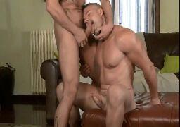 Porno gay em cenas bareback foda