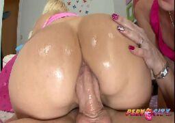 Vídeos sexo boa foda anal com coroa arrombada fudendo