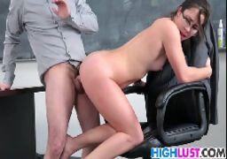 Xvideos de sexo com moreninha safada dando sua xoxota