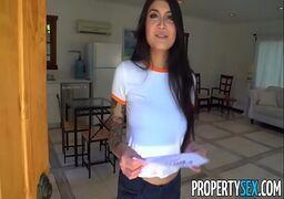 Xvideo.com cavala gostosa dando sua xoxota com muito tesão