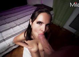 Sexo anal gratis com a vizinha branquinha viciada em dar o cu