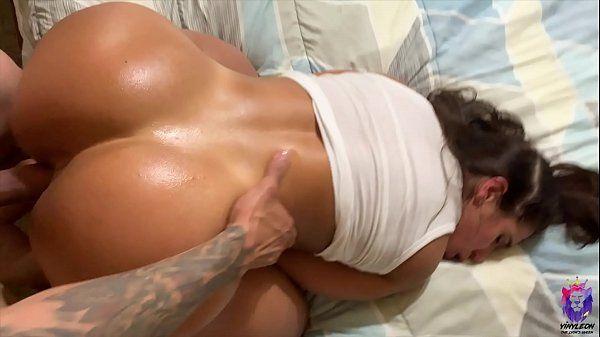 Www.beeg.com compilation perfeito de vídeos dessa morena linda dando o rabo