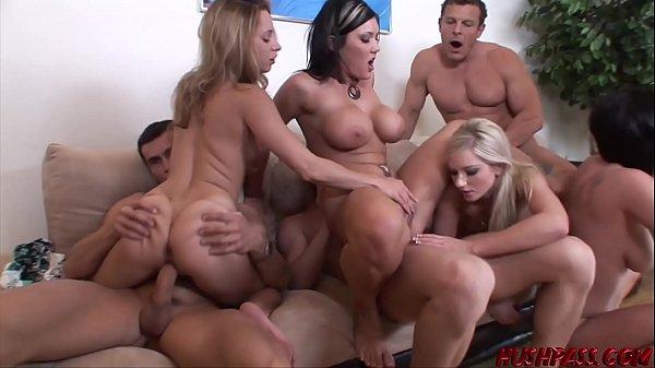 Videosorgia com mulheres gostosas fodendo pra caralho