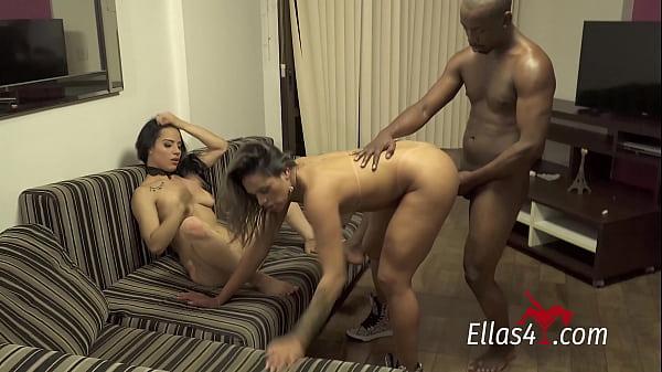 Sexo a tres x video morenas gostosas fodendo com o safado