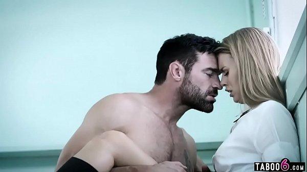 Porno professor e aluna só metendo gostoso