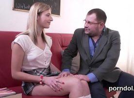 Porno professor e aluna transando gostoso